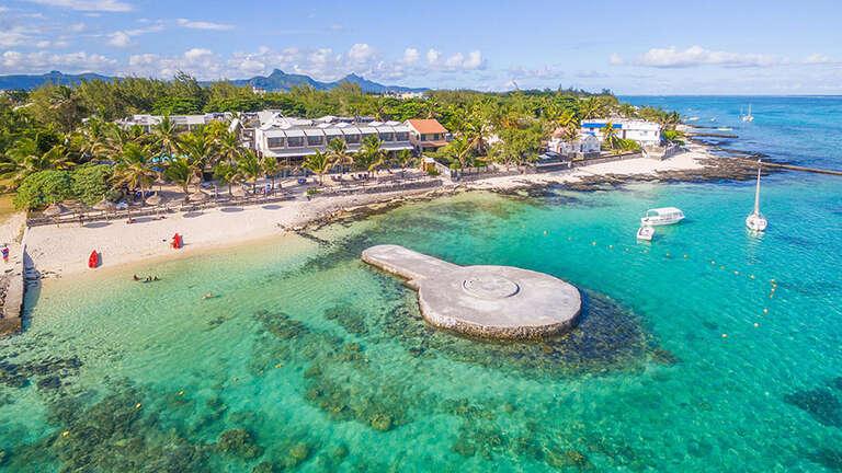 Le Peninsula Bay Beach Resort & Spa 4* - Mauricius