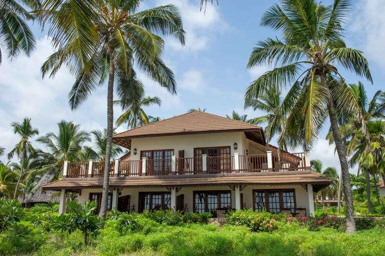 Breezes Beach Resort 5*